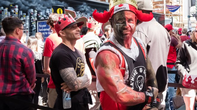 #EBCPhotojournalism: Toronto fans unleash love for Raptors at Jurassic Park viewing party