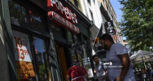 Americans go cuckoo for chicken sandwich