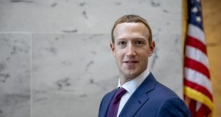 Zuckerberg meets US senators, rejects call to break up Facebook