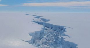 Massive iceberg breaks off Antarctica — but it's normal