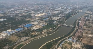 Citizens battle to save China's sickly 'mother river'