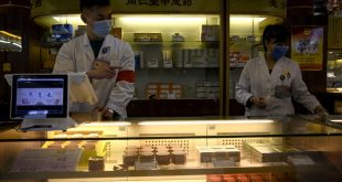 Herbal remedies for the coronavirus spark debate in China