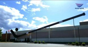 #EBCphotography: World's largest hockey stick on display in Duncan, Vancouver Island