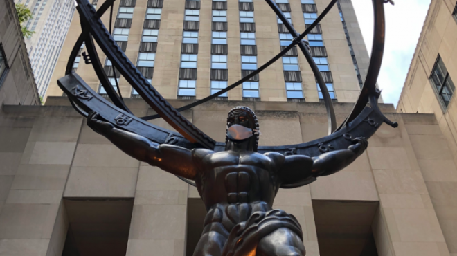 #EBCPHOTOJOURNALISM: Iconic statues remind New Yorkers to wear masks