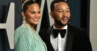Chrissy Teigen shares 'deep pain' at losing baby
