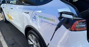 First batch of electric vehicles for Hawaii state government arrive with aims to reduce costs, carbon emissions