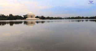 #EBCPhotography: Still waters in front of Jefferson Memorial