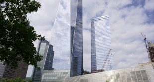 #EBCphotography: One World Trade Center reflects NYC skies on eve of 9/11